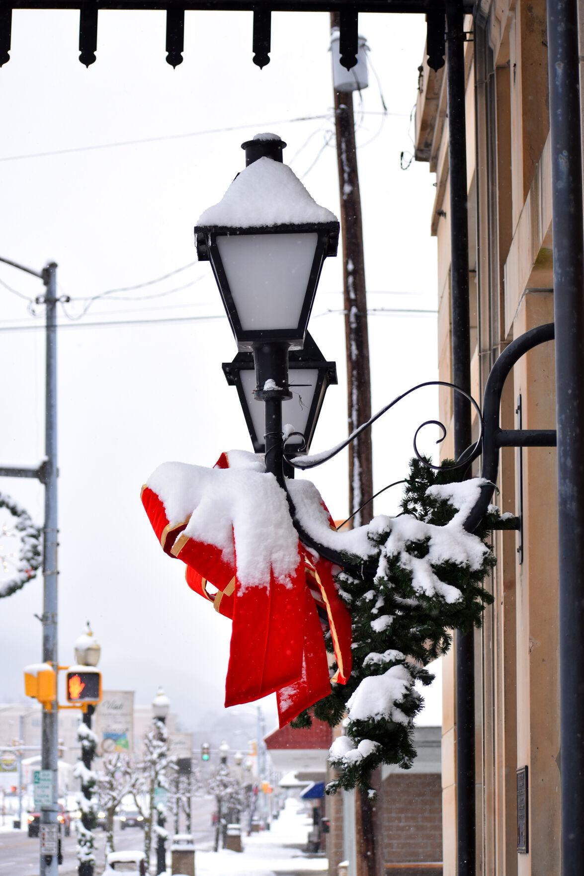 Snow day, Jan. 8, 2021 - Lantern