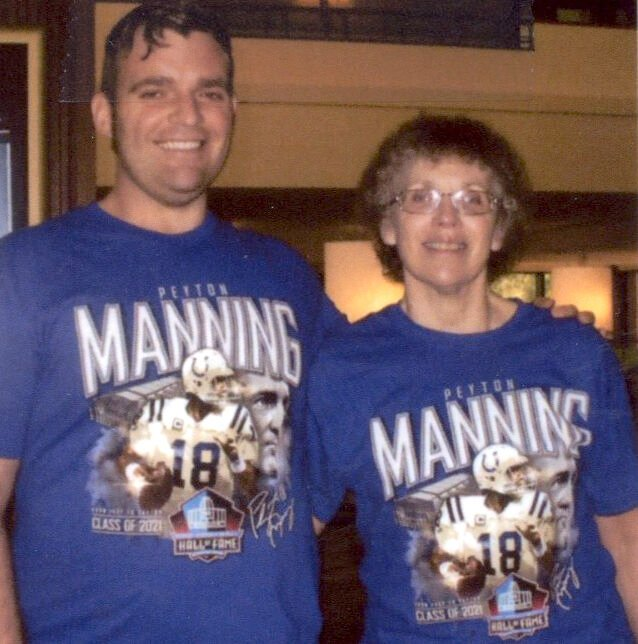 Manning Fans Travel to Pro Football Hall of Fame