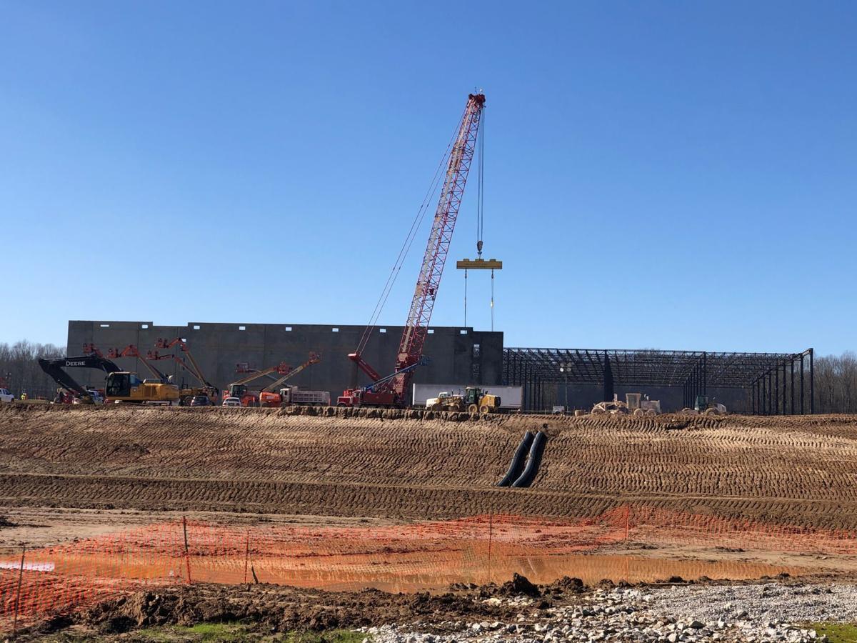 Officials: Memphis Amazon center to create 1,000 jobs