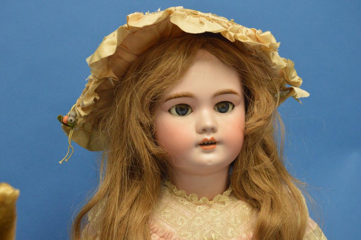 Doll show 2.JPG