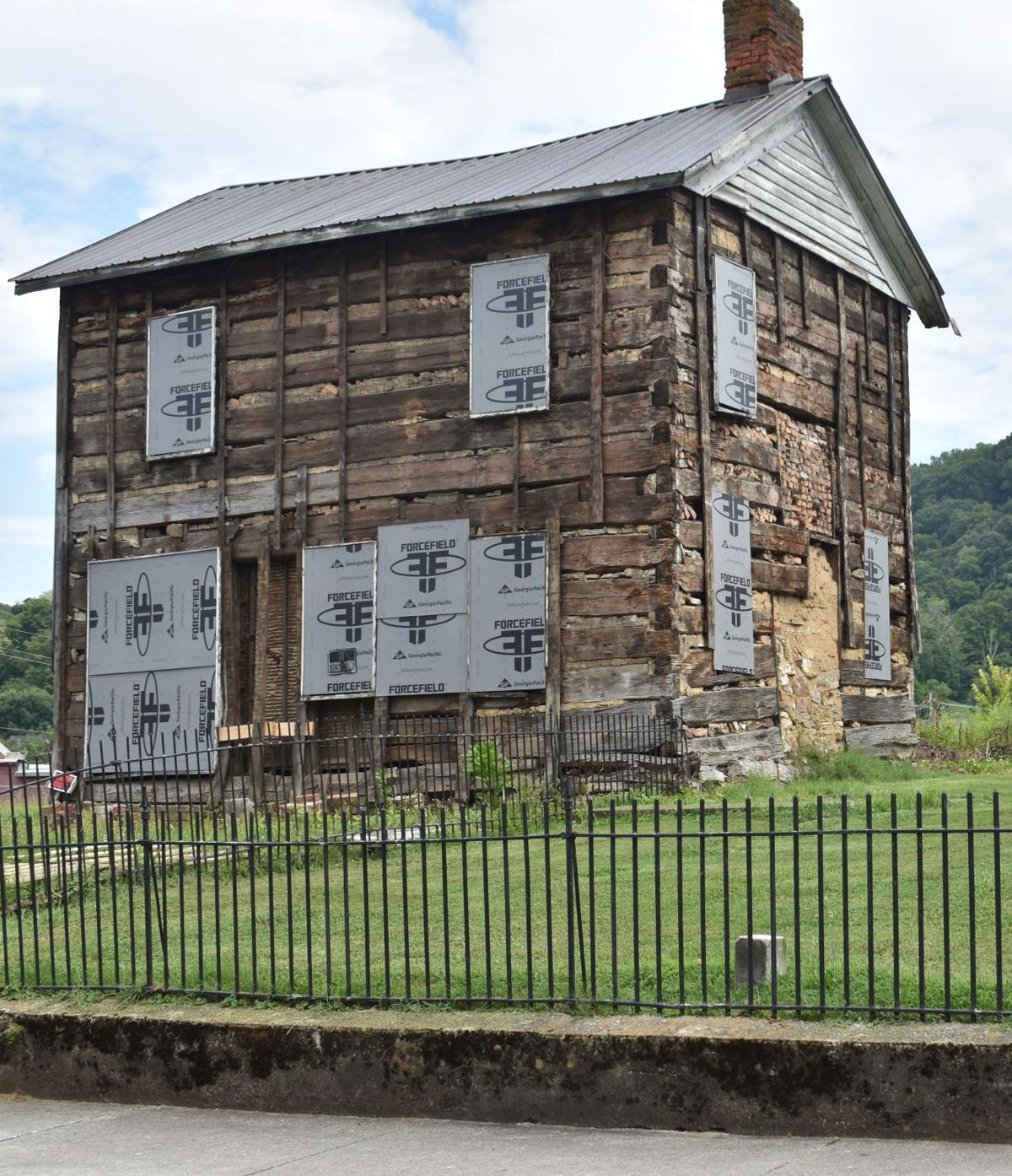 State historian praises Rogersville's 1806 Powel Law Office as 'worthy of preservation'