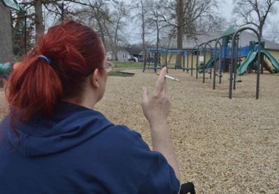 No smoking at playgrounds