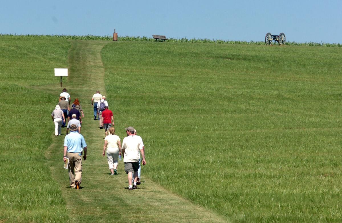 Spring Hill battlefield tour