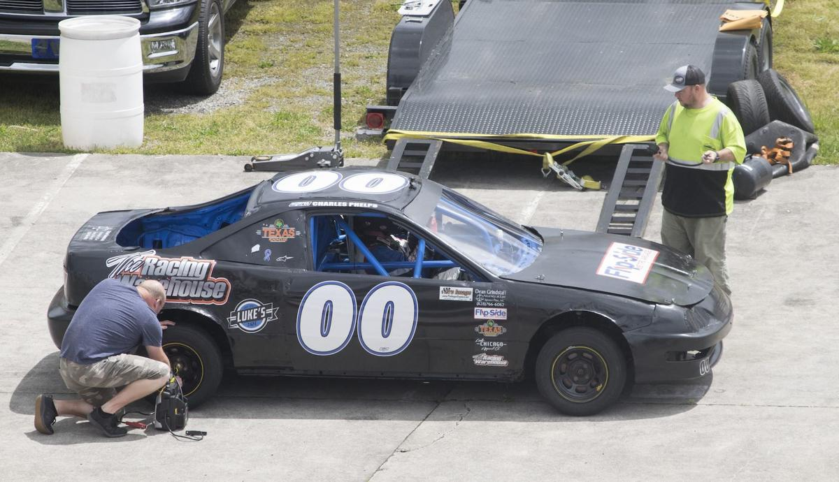 Test session at Kingsport offers respite for drivers, encouragement for future