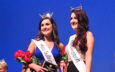 Miss Kingsport Taylor Hubbard and Miss Sullivan County Caitlin Ison