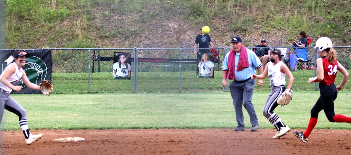 Big bats lead Eastside to Cumberland semifinal win over Lady Titans