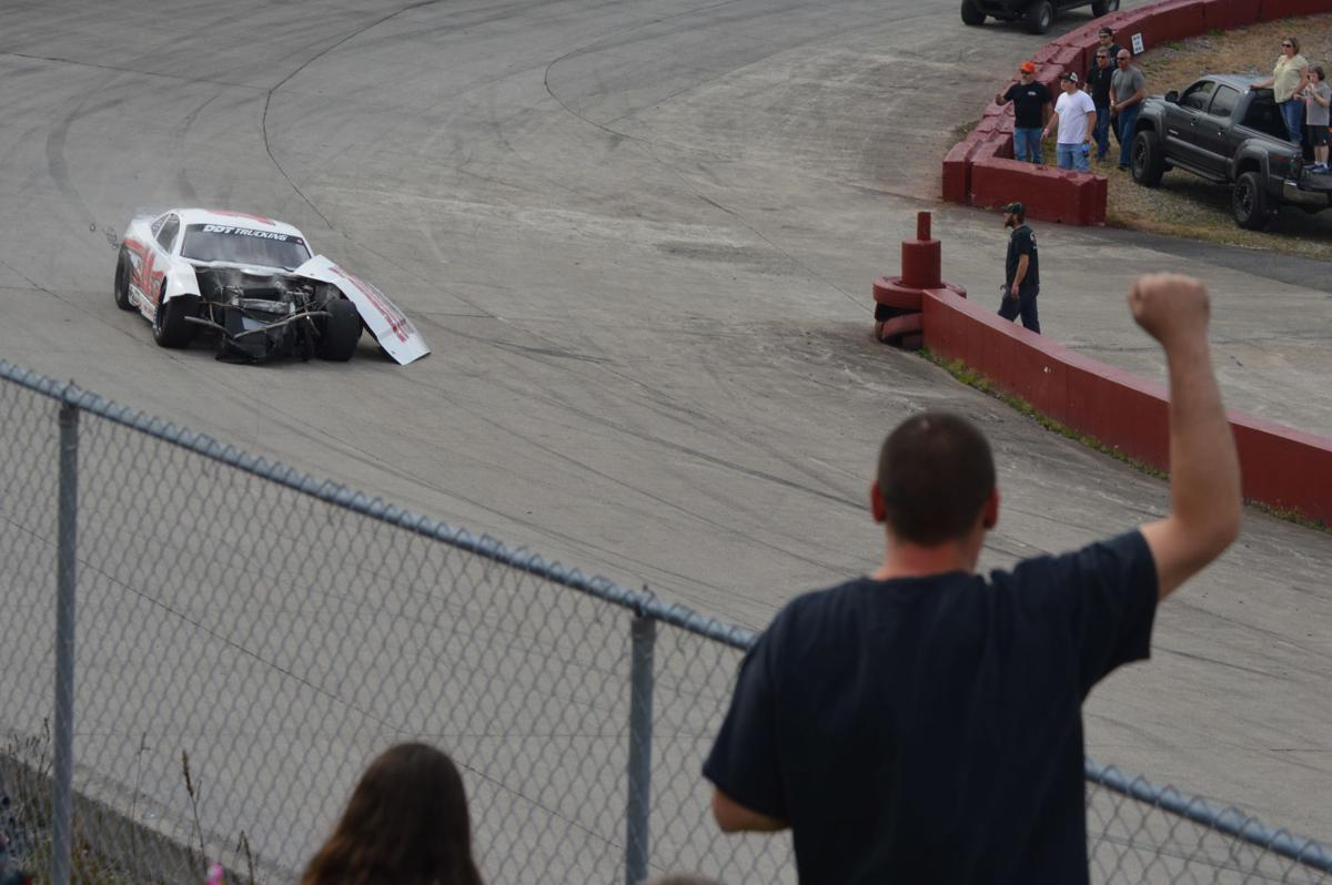 Kingsport Speedway releases statement on controversial Street Stock finish