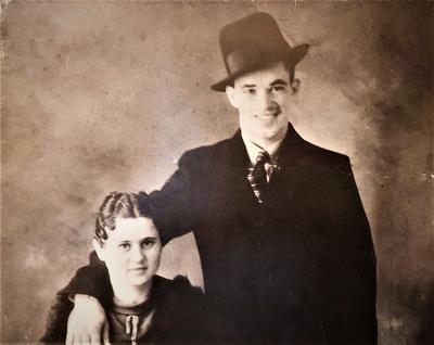 Mr. & Mrs. Jack Wallen (Leona Clendenin)