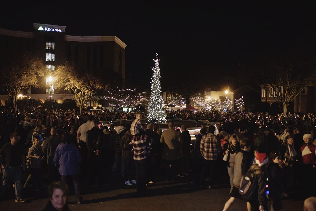 Tree lighting, Christmas parade this Saturday in downtown