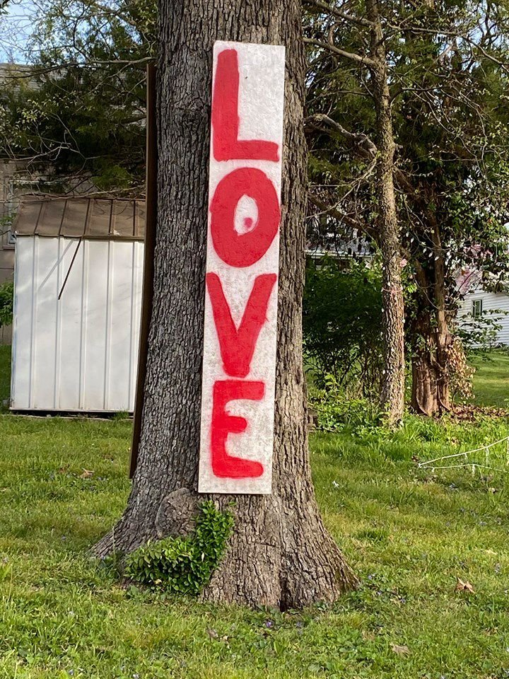 Love sign on W. Glendale by Jaime.jpg