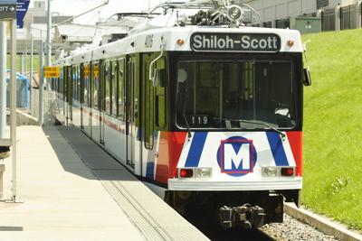 1200px-St_Louis_Metrolink_train.jpg