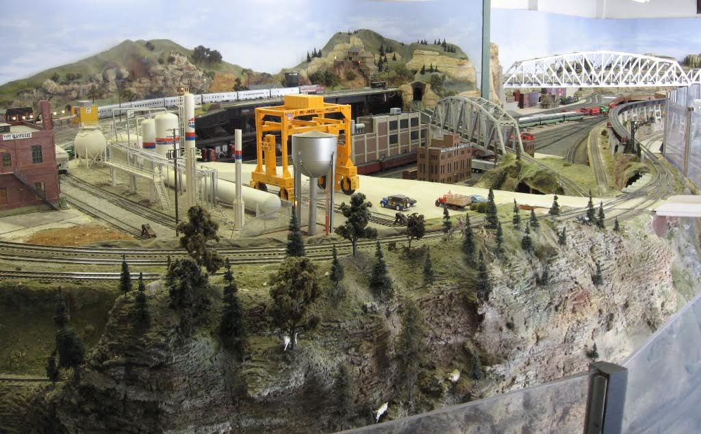 Big Bend Railroad Club model train layout