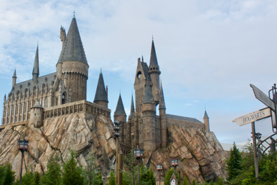 Harry Potter Fans Can Now Take Free Virtual Classes At Hogwarts