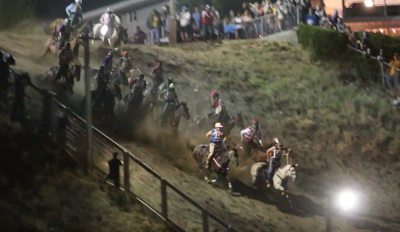 Oliver Pakootas and Onyx lead the field down the hill on Saturday night