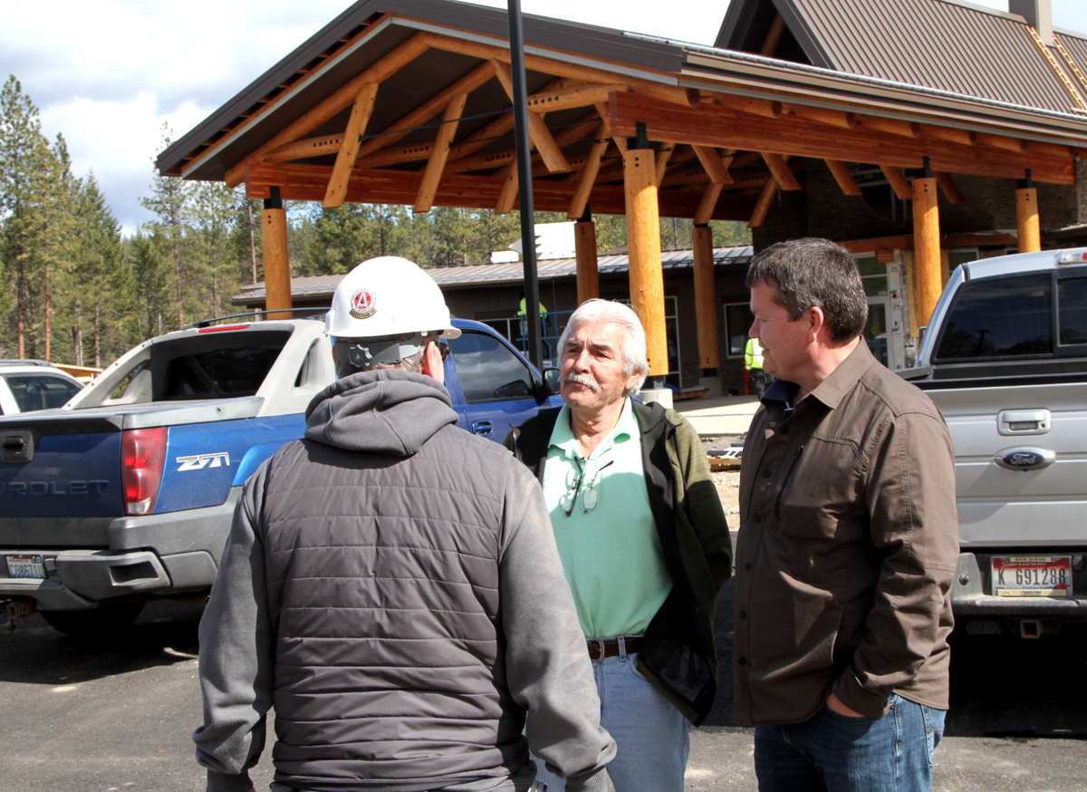 CBC member Joe Somday addresses construction superintendent Carl Clausen.