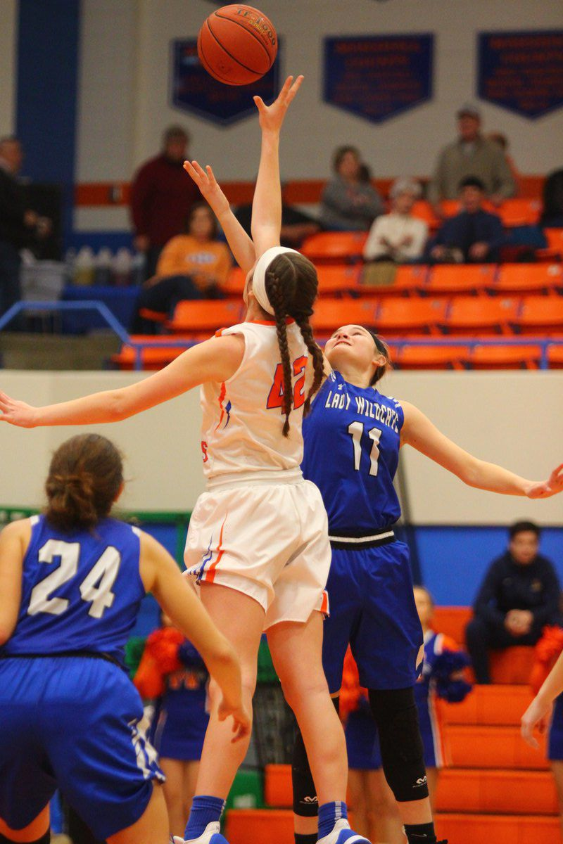 Lady Marshals go 2-0 in Hoopfest