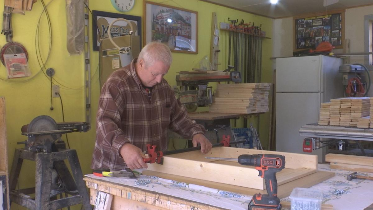 Desks labor of love for Marshall couple - PHOTO 1