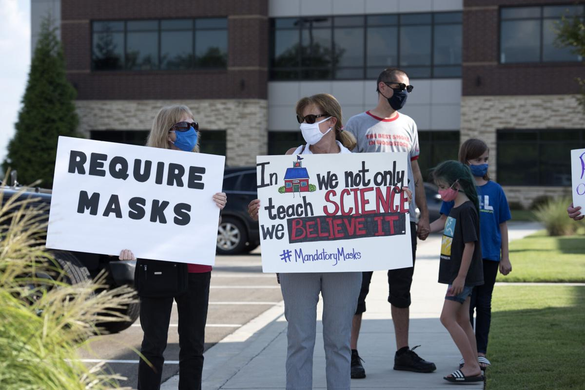 Teachers angry and fearful over lack of strict COVID-19 mask policy