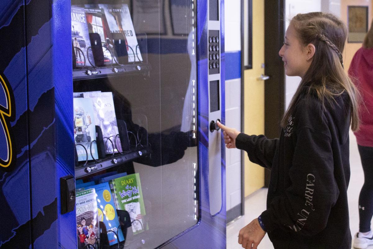 Book machine 7.jpg
