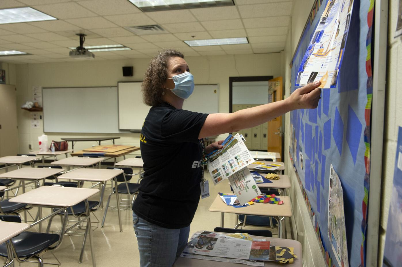 Teachers resign over lack of Covid-19 protections