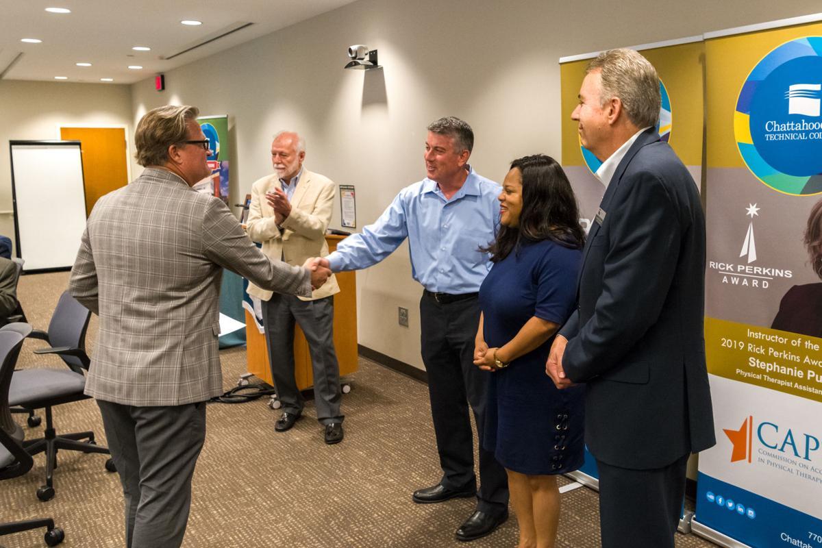 Cunningham and Fernandez Handshake.jpg