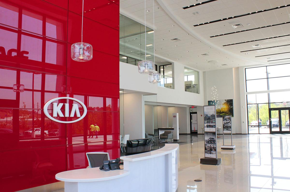 Carriage Kia Woodstock >> Carriage Kia Opens Doors In Woodstock Local News