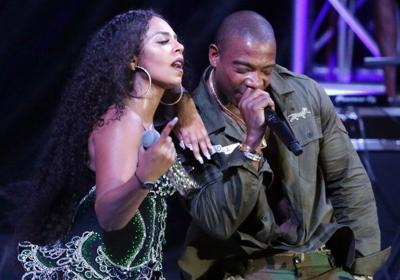 Ashanti is joined by Ja Rule on stage.