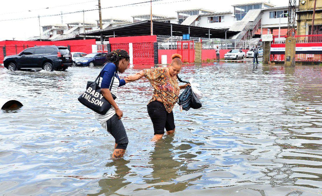 Pedestrians assist each other