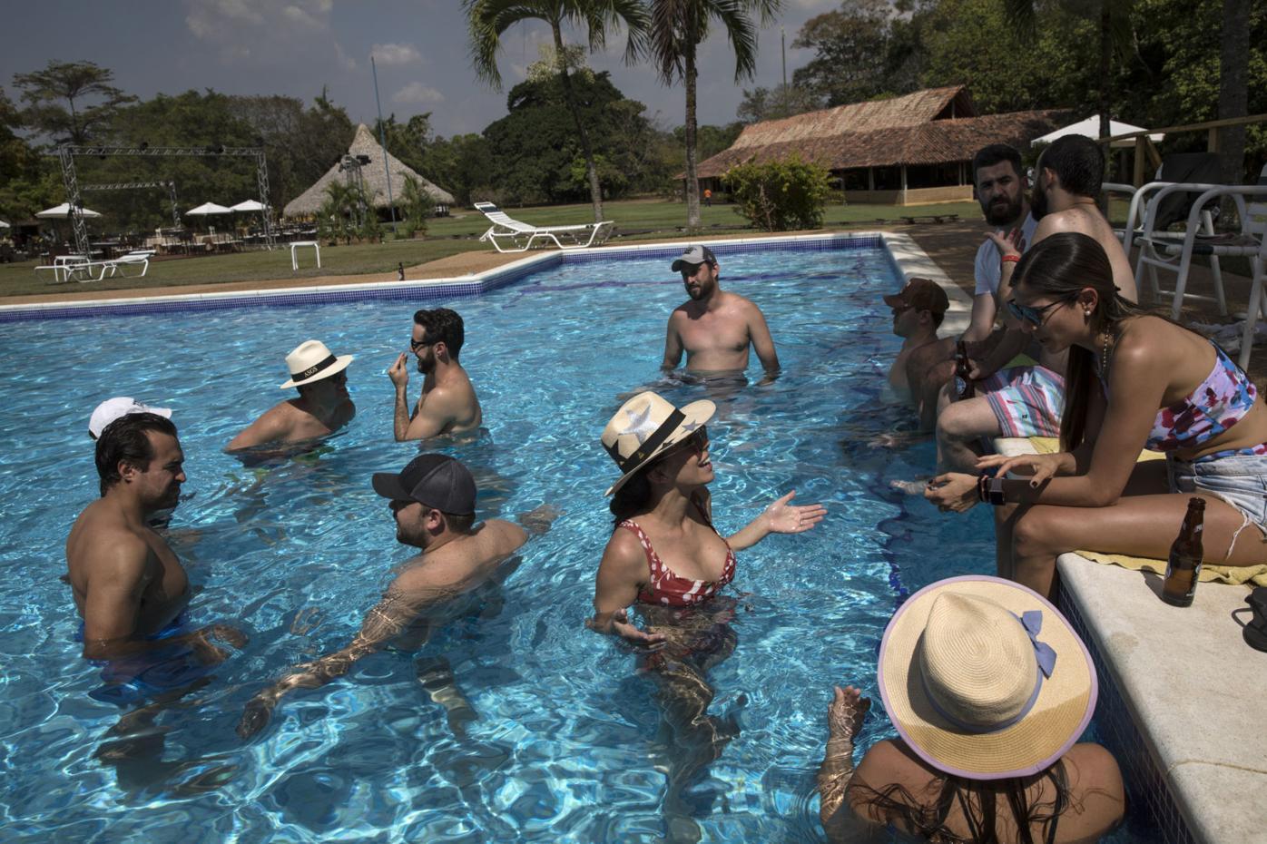 Venezuela Wedding Amid Crisis