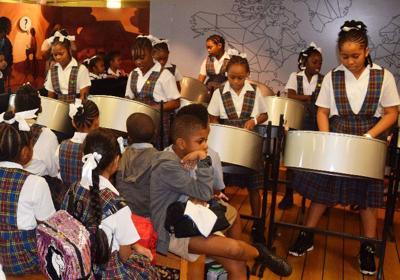 Students entertain hundreds on pan at 'Logos Hope'