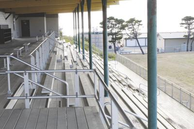 Gold Beach faces season without any football