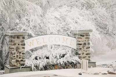 Chilly welcome sign
