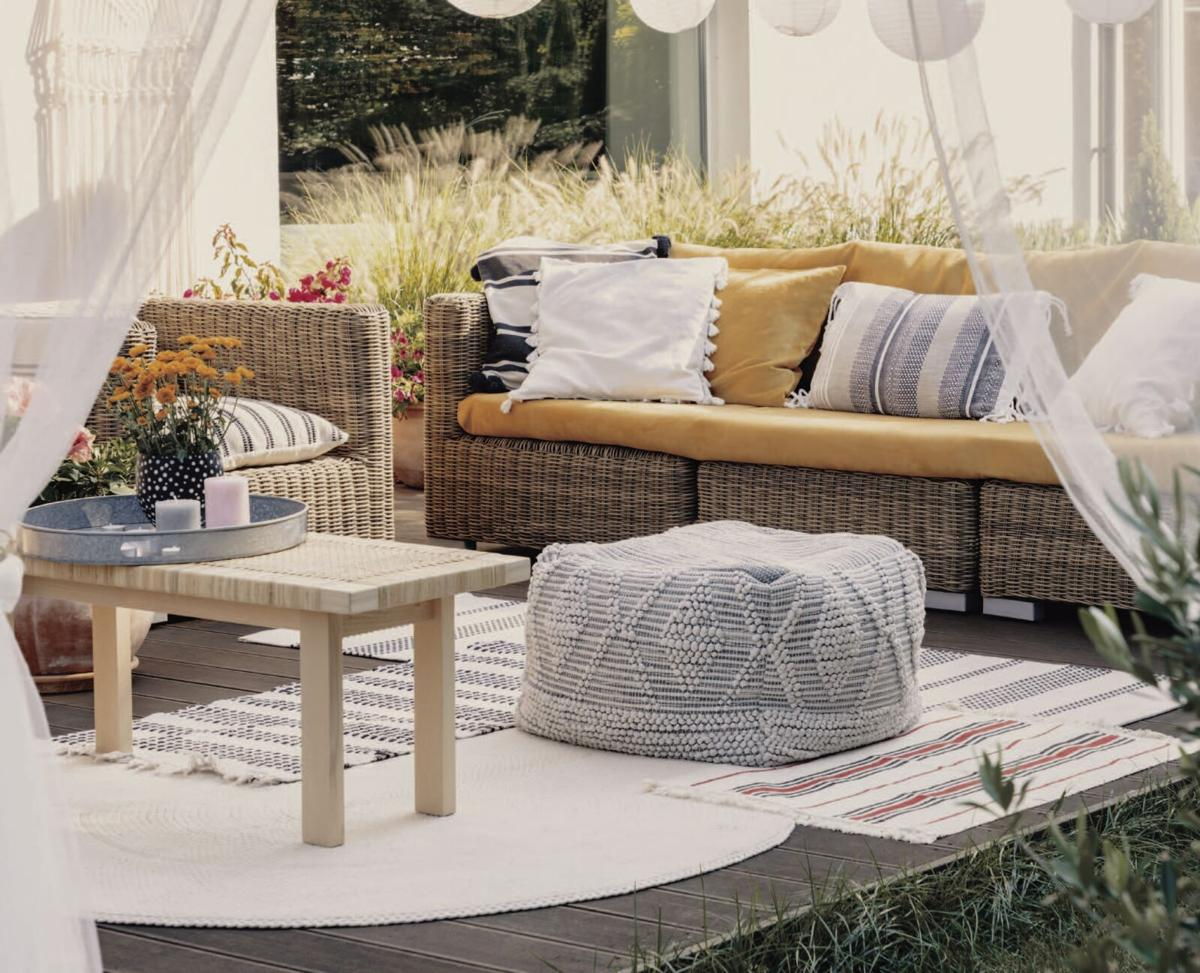 Tranquility Base_Outdoor Living Room.jpg