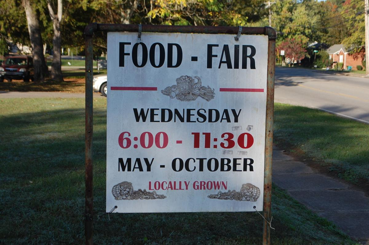 Farmer's Market Sign.JPG