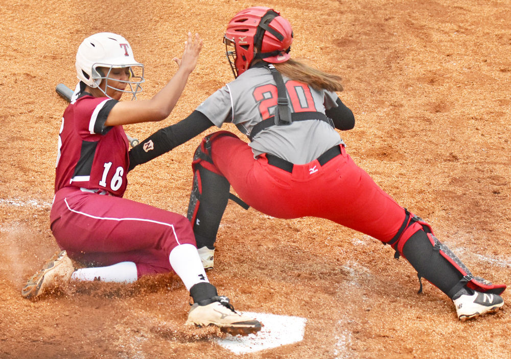 Lady Wildcats soundly beat Coffee County 7-1