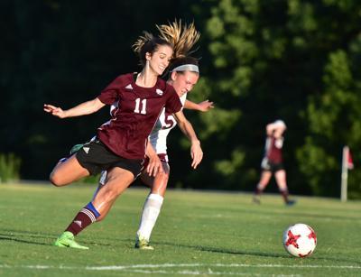 THS Soccer Julia Duncan