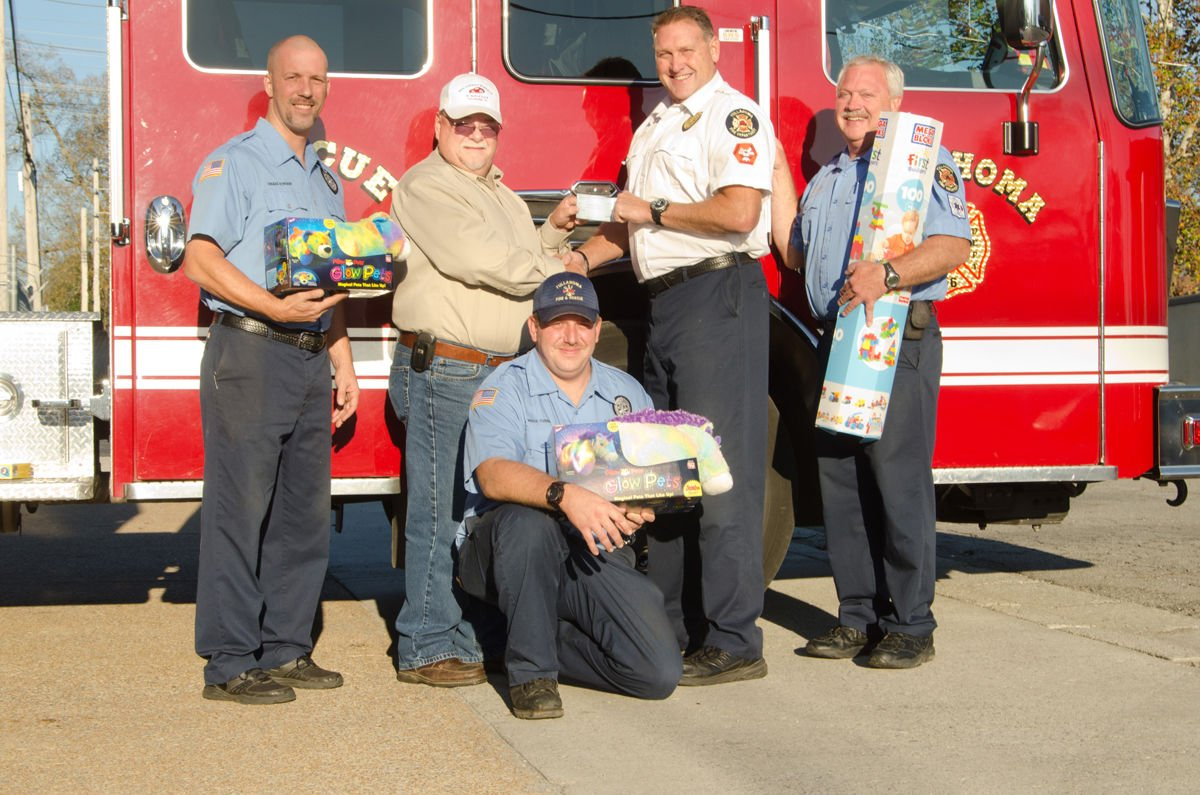 Las Vegas Toys For Tots : Donations keep toys for tots going local news tullahomanews