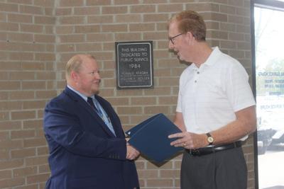 post master with mayor.JPG