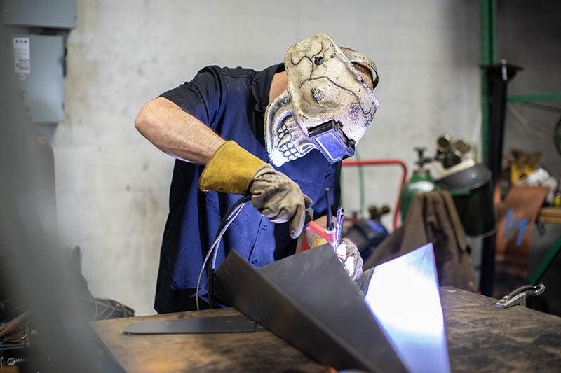 Chris Wollard's massive metal art delights Tulsans