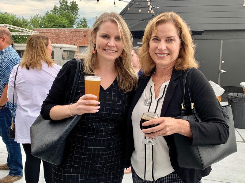pint night 2019 Jenna and Susan Slattery