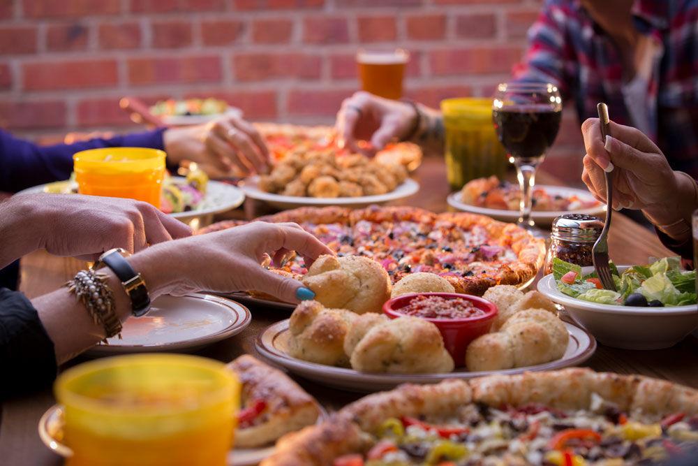 geobase-40741-Hideaway_Food.jpg