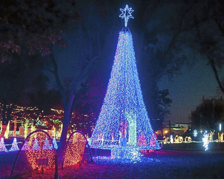 Take Our Guided Christmas Light Tours Three Different