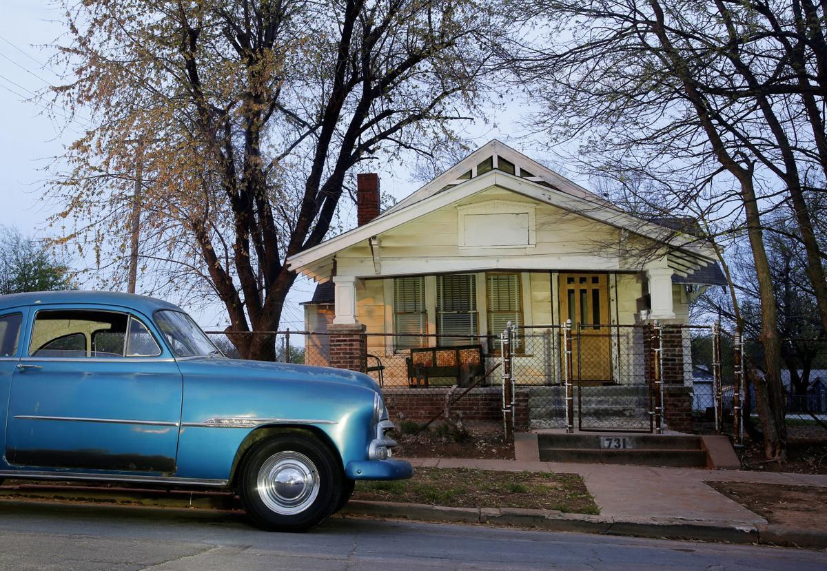 OUTSIDERS HOUSE (copy)