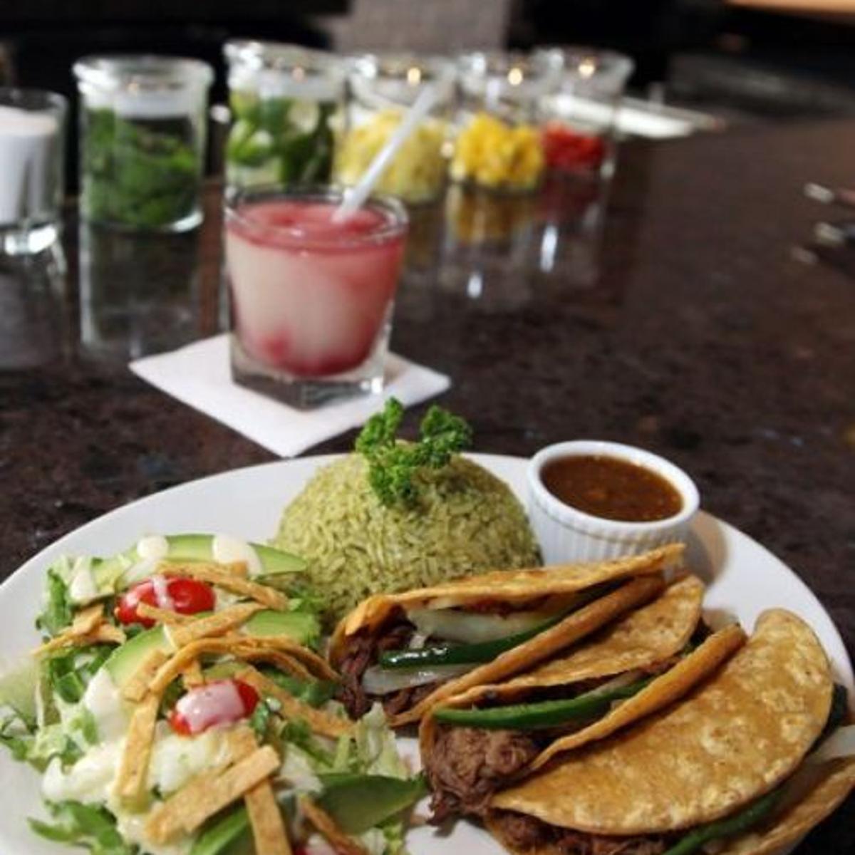 Mi Cocina Restaurant Serves Up Solid Tex Mex Fare Good Service