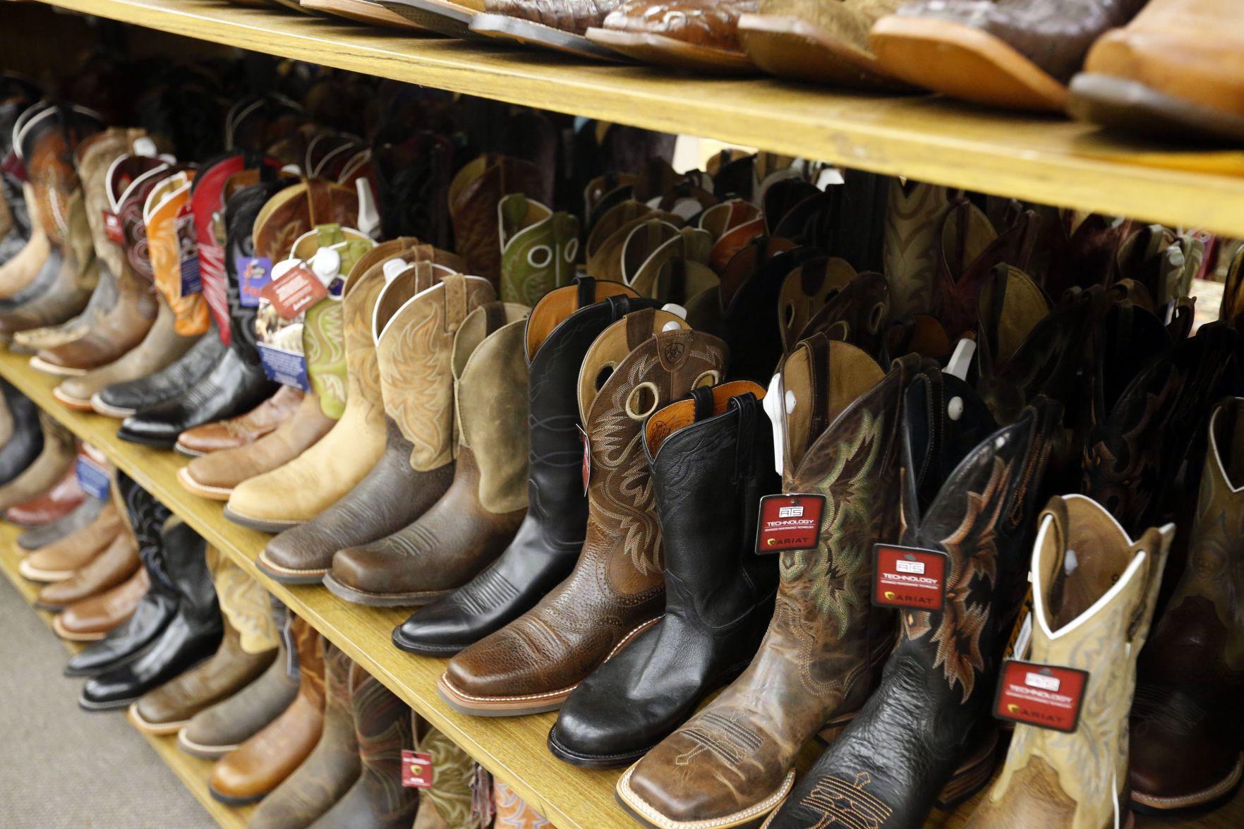 chain Boot Barn