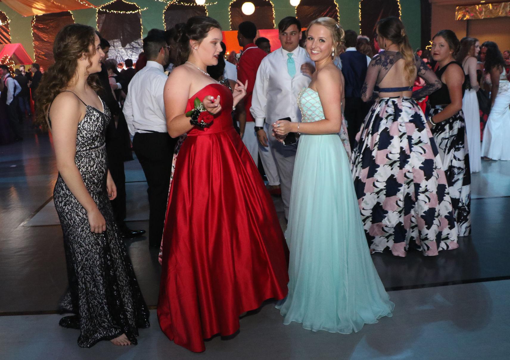 Photo Gallery Union High School prom