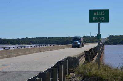 18-044_Willis_bridge_SH-99 large