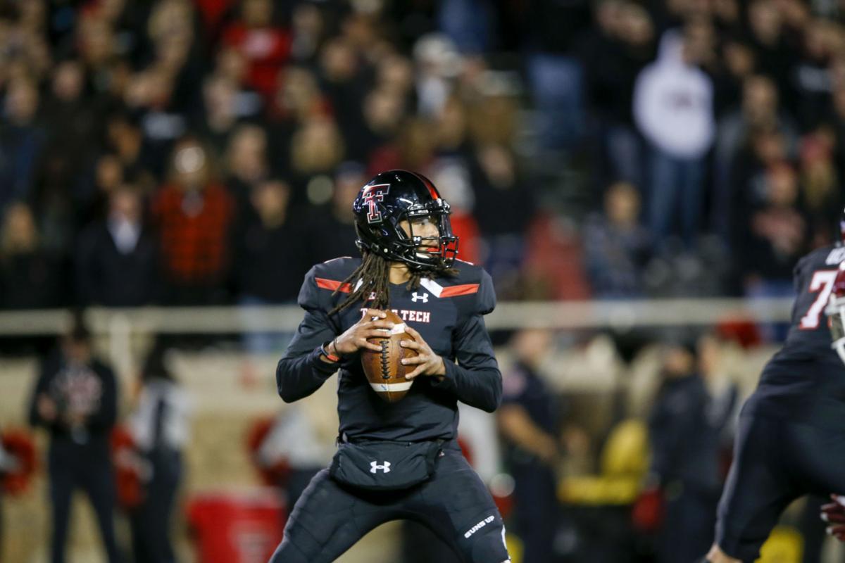 Texas Tech quarterback Jett Duffey