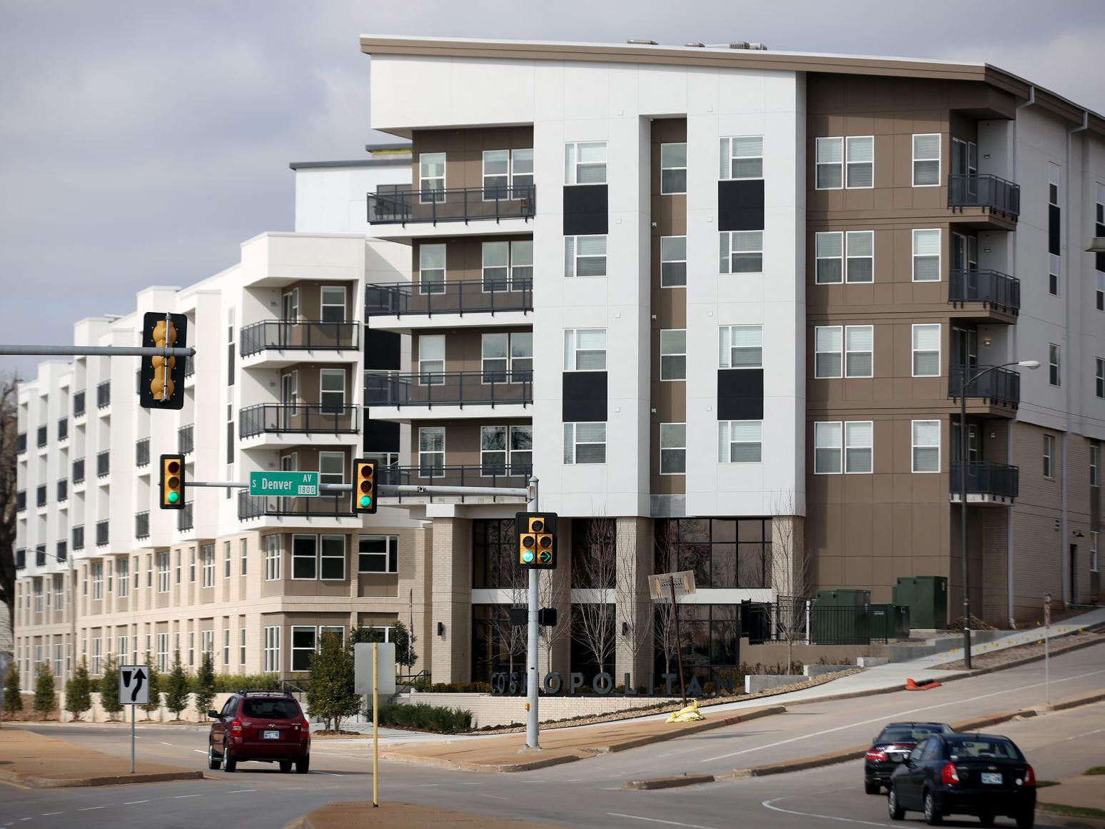 Cosmopolitan apartments on Riverside Drive offers prime location ...