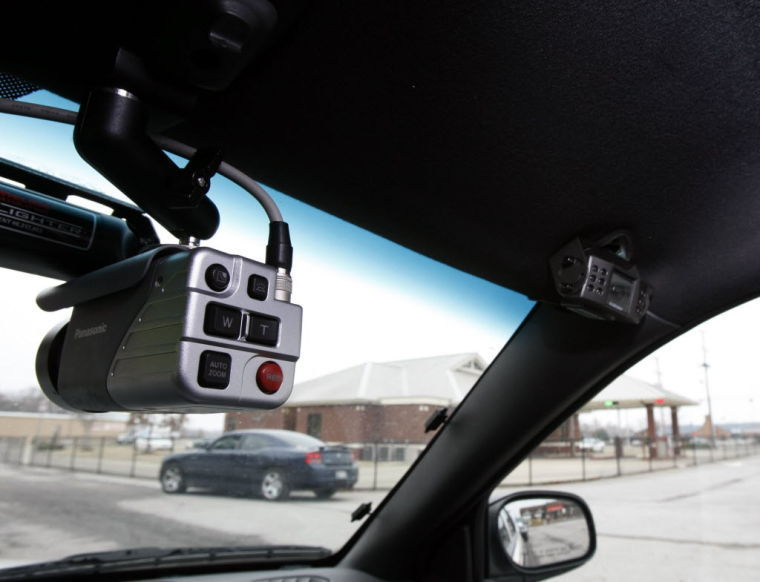 roles of dashboard cameras in policing Footage recorded on another driver's dashboard camera shows the officer's police cruiser weaving in and out of traffic lanes on i-75 northbound shortly before 3 pm saturday a gold nissan .